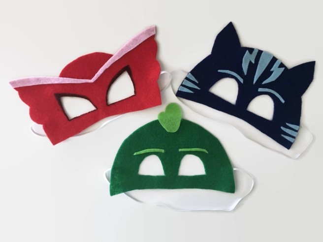 No-sew PJ Masks masks. DIY quick and easy Halloween masks. DIY PJ Masks costume, toddler costumes